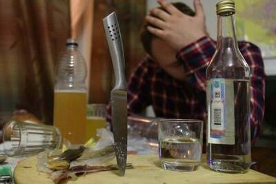 Обезумевший алкодемон с помощью ножа и вилки хотел вырезать весь дом в Никосии