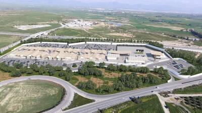 Строительство Neo Plaza в пригороде Никосии завершено