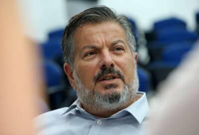 Профессор Кострикис: правительство Кипра должно выдвинуть ультиматум непривитым