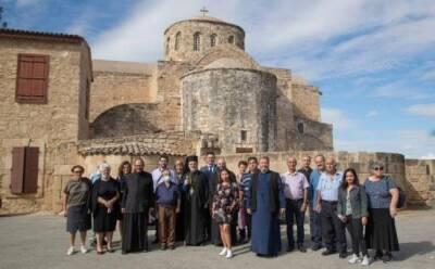В историческом монастыре возобновились службы