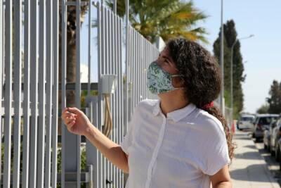 На Кипре закрыли две школы из-за коронавируса