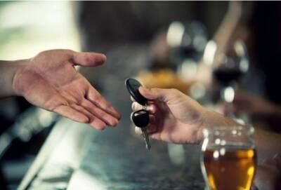 Жительница Кипра оштрафована на 1200 евро и лишена водительских прав