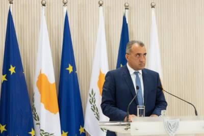 Министр здравоохранения объявляет о небольших послаблениях в отношении мер по борьбе с Covid-19