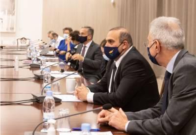 Минздрав Кипра настаивает на жестких решениях. Что планируется закрыть?