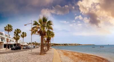 С 1 марта Кипр открывается для туристов из России. Понадобится тест