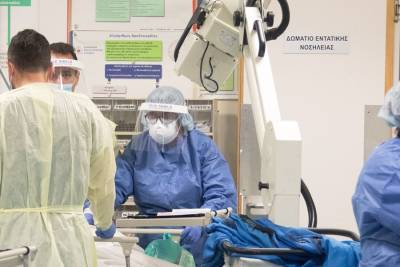 Минздрав предупредил, что эпидемиологическая ситуация на Кипре неустойчивая и может выйти из-под контроля