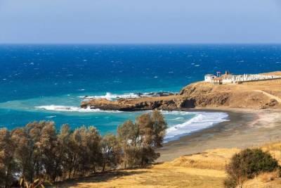 Кипр с 10 мая запускает привитых россиян: авиабилеты поразили заоблачными ценами