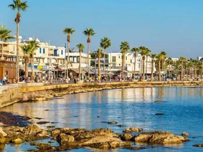 Кипр открывает границы для туристов