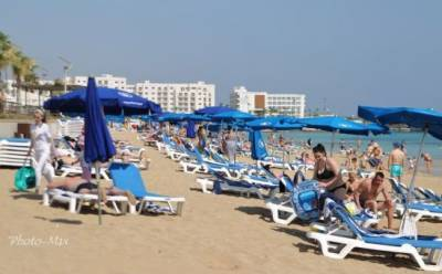 Без оглядки на карантин: как отдыхают кипрские туристы?