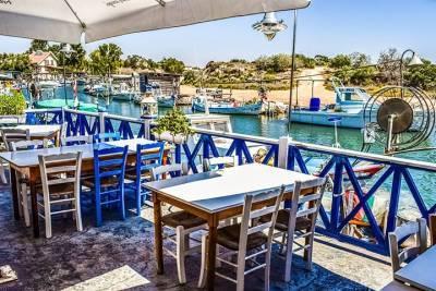 Кипр ввел «коронапассы» для посещения общественных мест