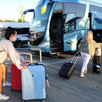 Привившиеся от коронавируса туристы с 10 мая смогут въехать на Кипр без ограничений.