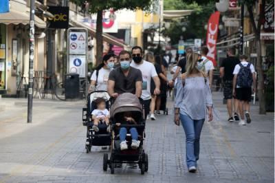 Профессор Караяннис: «Возможно, до августа мы выбросим маски»
