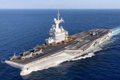 Французский авианосец Шарль де Голль прибыл в порт Лимассола