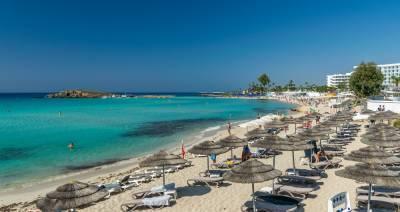 Стало известно, какой документ понадобится туристам для посещения заведений на Кипре
