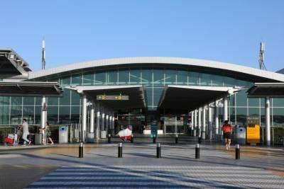 Два самолета приземлились в аэропорту Ларнаки, так как аэропорт в Израиле закрыт