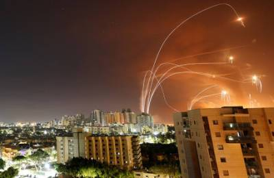 Израильские пассажирские самолеты временно перенаправляются на Кипр