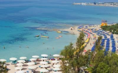На Кипре начался пляжный сезон