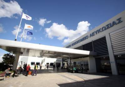В столице Кипра умерла 39-летняя британка. У нее возник тромбоз после вакцины AstraZeneca