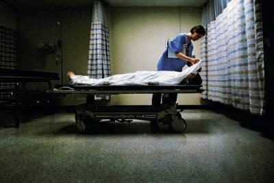На Кипре после прививки Astrazeneca умерла британка