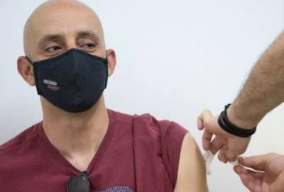 Минздрав Кипра: первую прививку получила уже почти половина населения