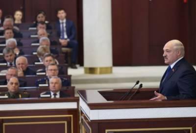 Александр Лукашенко: «Не нравится летать через безопасную Беларусь — летайте там, где угробили 300 человек»