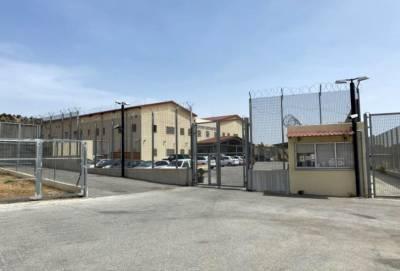 Полиция Кипра поймала двух сбежавших из центра в Менойе граждан Индии