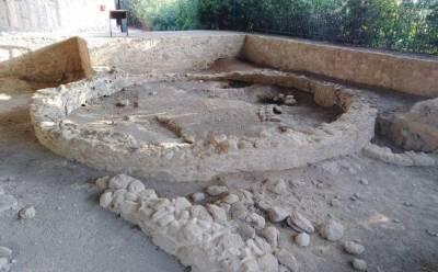 Дом родом из Медного века воссоздали по руинам
