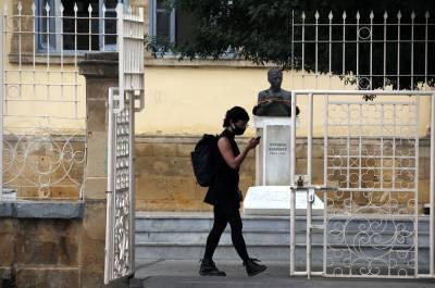 Зеленые: 15 мая Греция откажется от смс-режима выхода на улицу, Кипру надо поступить так же