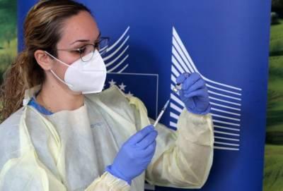 Фармацевтическая служба Кипра дала 11 ответов на вопросы о вакцинах от Covid-19