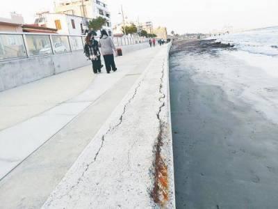 На месте нефтегазовых объектов в Ларнаке построят пешеходную дорожку