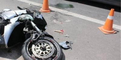 Мужчина погиб в результате аварии на мотоцикле на дороге Мони-Пиргос