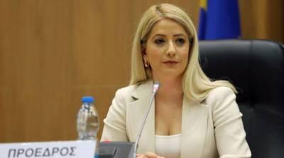 Председателем парламента Кипра впервые стала женщина
