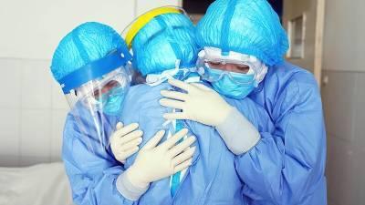 Американские СМИ утверждают: высокопоставленный перебежчик из Китая раскрыл тайну происхождения коронавируса
