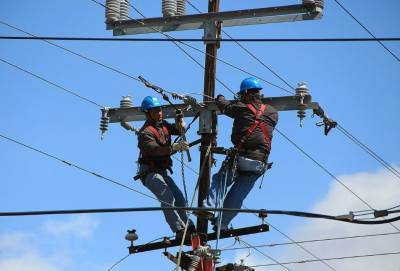 Два пригорода столицы Кипра остались без электричества из-за торнадо