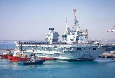 В Лимассол пришел британский авианосец Queen Elizabeth (фото и видео)