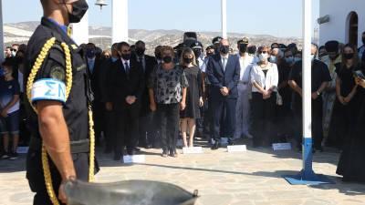 На Кипре в годовщину взрыва на военной базе почтили память жертв трагедии