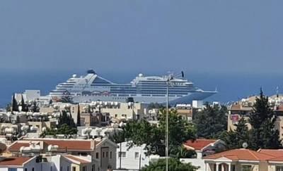 Пассажиры лайнера S. Bourn Ovation осмотрели достопримечательности Пафоса во время стоянки на Кипре
