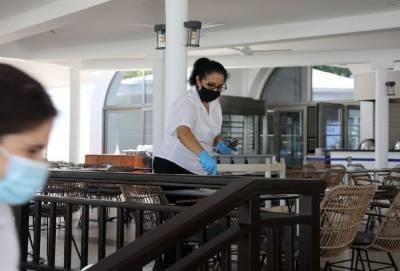 Власти Кипра обдумывают новые Covid-ограничения в сфере гостеприимства