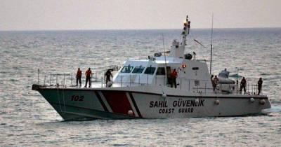 Турецкая береговая охрана обстреляла катер Кипра