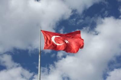Турецкая береговая охрана открыла огонь по полицейскому катеру Кипра