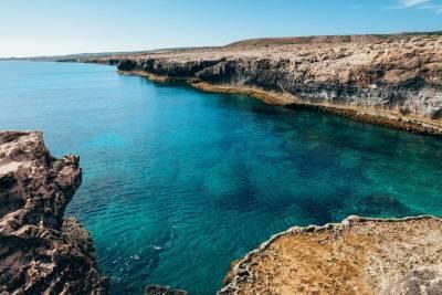 Турецкий катер обстрелял охранное судно Кипра и мира