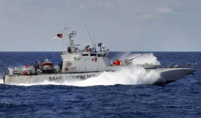 Турецкий катер обстрелял корабль береговой охраны Кипра