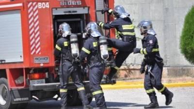 Двое пожарных отказываются от тестирования на covid-19 и не выходят на работу последние три месяца