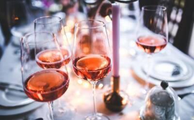 Прекрасные закаты Кипра в бокале: о разновидностях розового вина