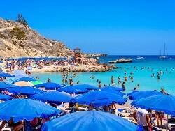 Россияне массово устремились на отдых в одну пляжную страну Европы - на отдых на Кипр