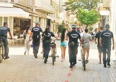 Четыре человека заключены в тюрьму за кражу в магазине на улице Ледрас
