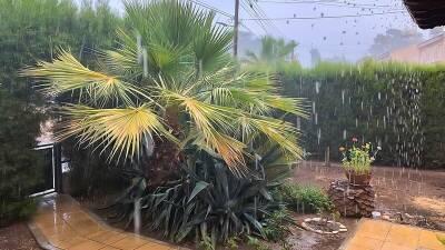 На Никосию обрушился ливень