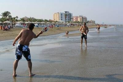 На пляже Маккензи построят 7 причалов