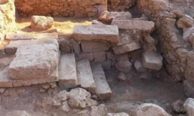 На Кипре ученые обнаружили древний мозаичный пол. ФОТО