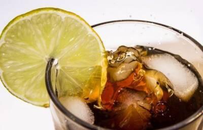 Каждый десятый киприот пьет сладкие напитки ежедневно